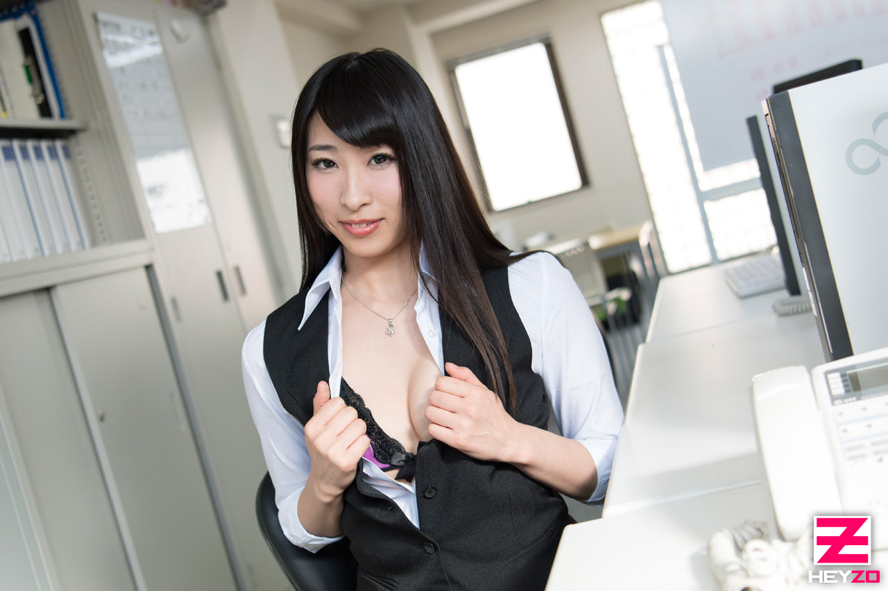 [Heyzo] 2017.07.17 1469 うたた寝した同僚にフェラしてあげたら [21P3.68MB] - idols