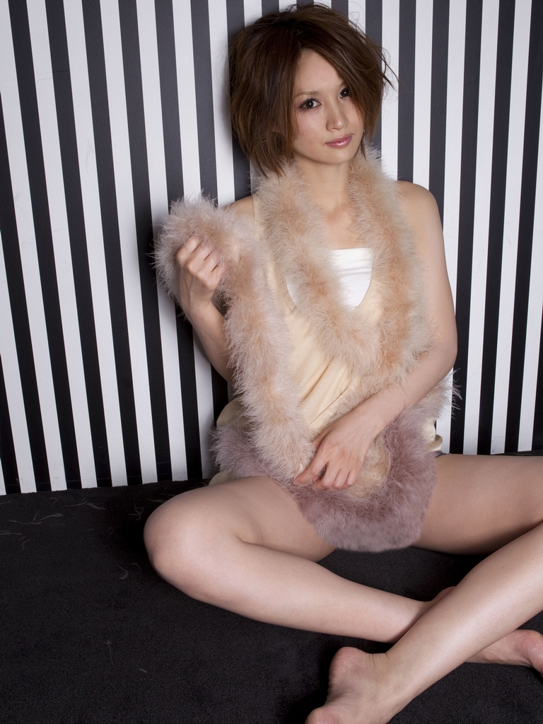 [FSo] [Sabra.net]StriCtlyGirls Yuu Kobayashi 小林ゆう「TWO LOVE ONE LOVE」 [151.09 MB]