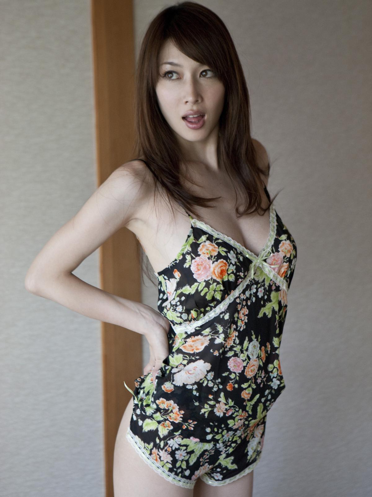 [Sabra.net] Emi Kobayashi 小林恵美『INNER FOREST 2』[80P71MB]