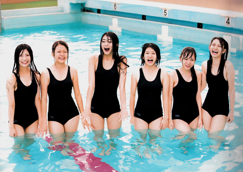 AKB48写真集 Team KISHIN 窓からスカイツリーが見える [101010]Real Street Angels