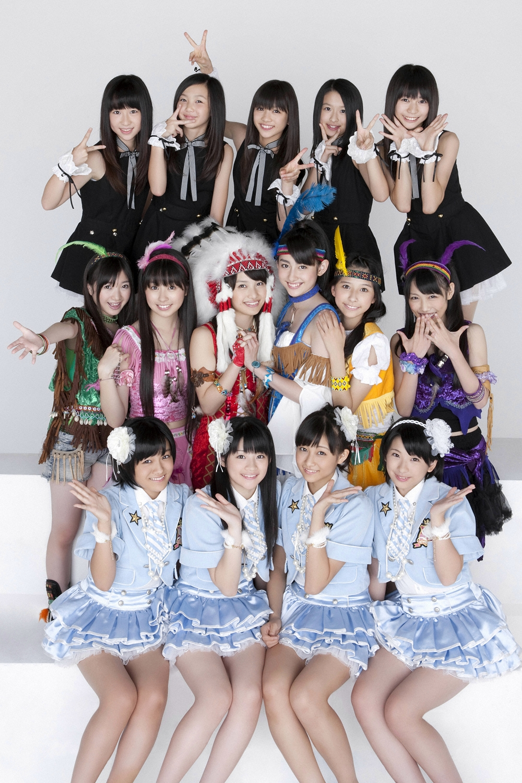 [YS Web] Vol.380 ももいろクローバー スマイレージ 東京女子流 [105P+3WP+5HQ+2SS+4Mov+1swf]