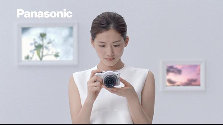 20180722.0807.4 Haruka Ayase - Panasonic Lumix GF5 (White exhibition ver.) (CM) (JPOP.ru).