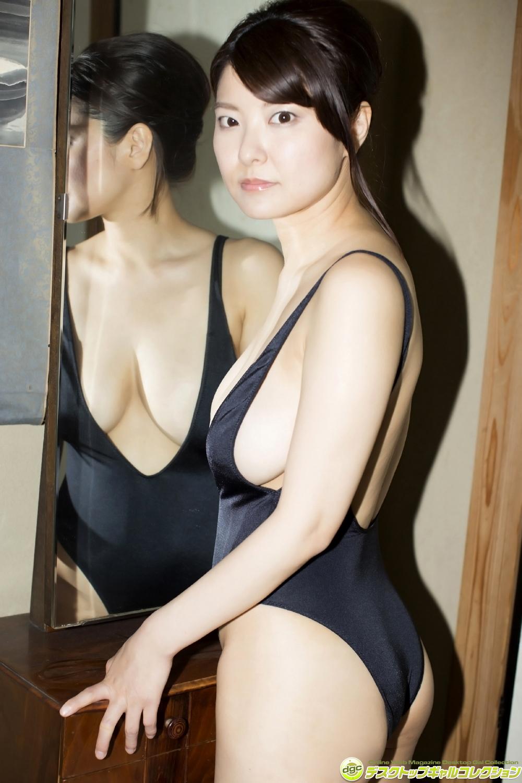 [DGC] 2017.07 Miri Hanai 花井美理 パーフェクト?ボディを誇る爆乳グラドル! [100P75.2MB]