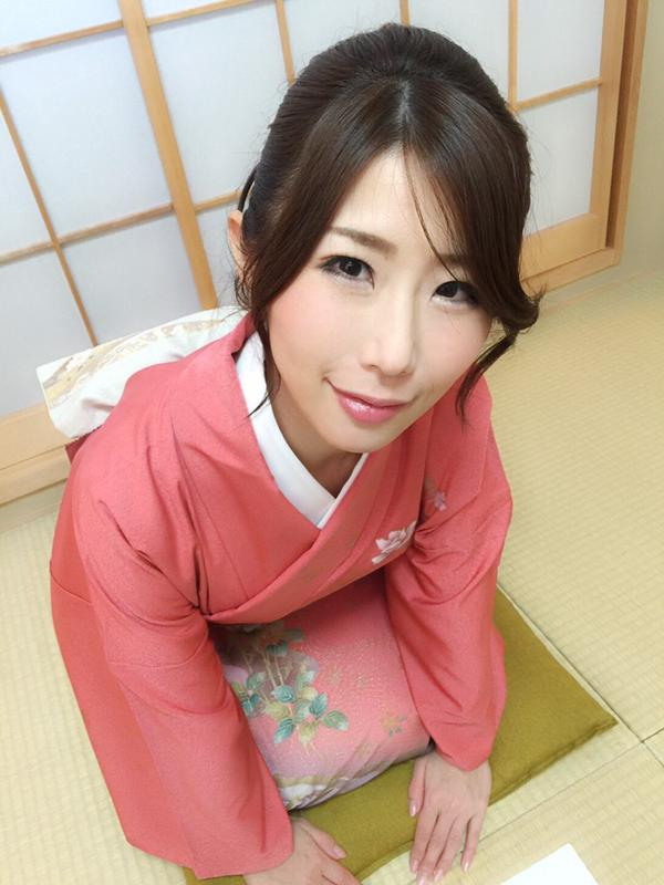 Ayumi_Shinoda_1.jpg