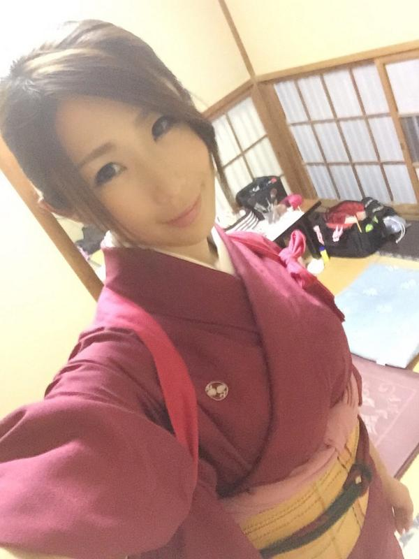 Ayumi_Shinoda_2.jpg