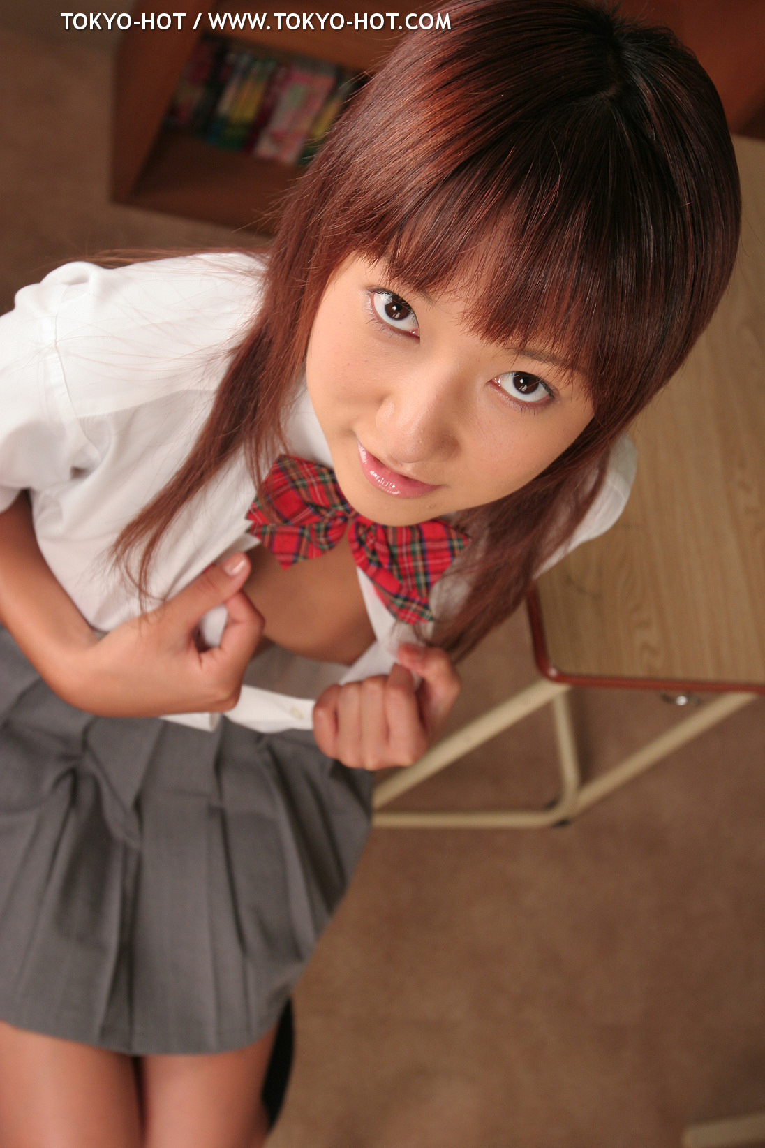 e048junna_akimoto0005-jpg [Tokyo-Hot] 2005-10-18 e048 Junna Akimoto 秋元純菜 [433P225MB]
