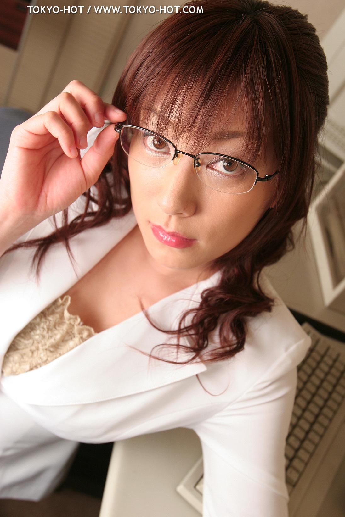 [Tokyo-Hot] e053 Megu Aso 麻生めぐ [1106P562MB]
