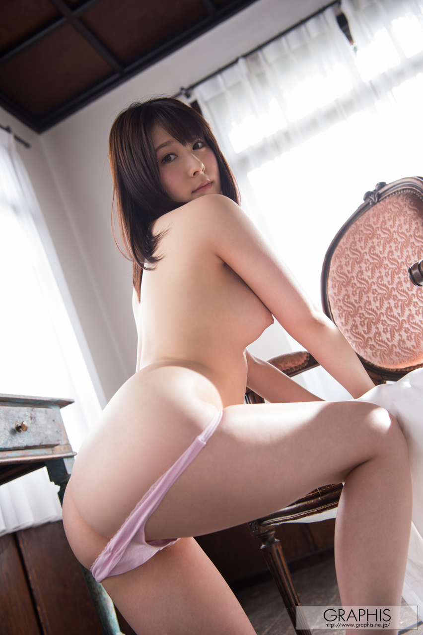 [Graphis] 2017-03-31 Rin Asuka 飛鳥 りん 『 Sunny Place