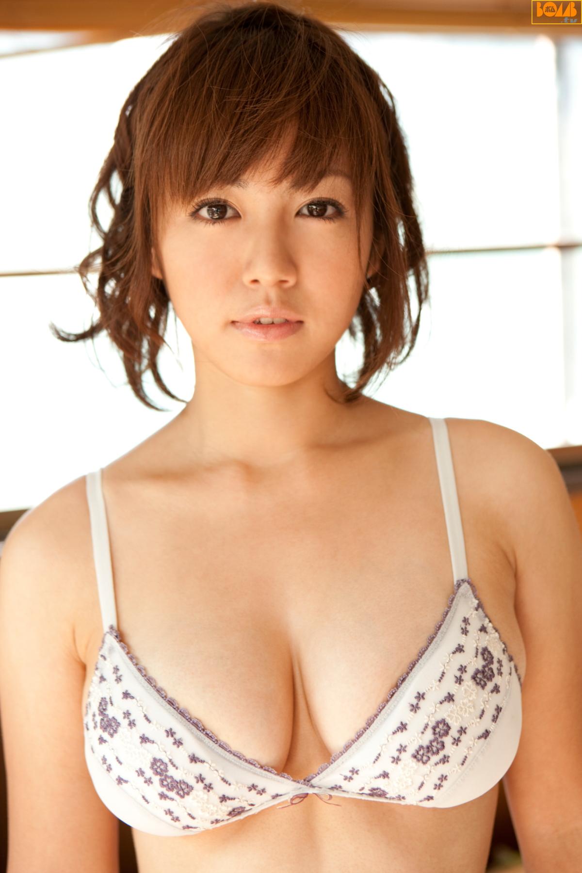is015-jpg [Bomb.tv] 20110301 Sayaka Isoyama 磯山さやか No.1 追加! 09030