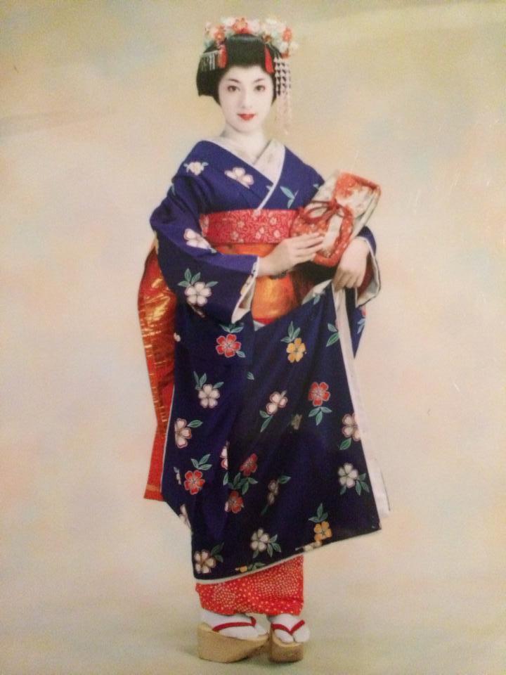 Miss S-H3-18years old.jpg