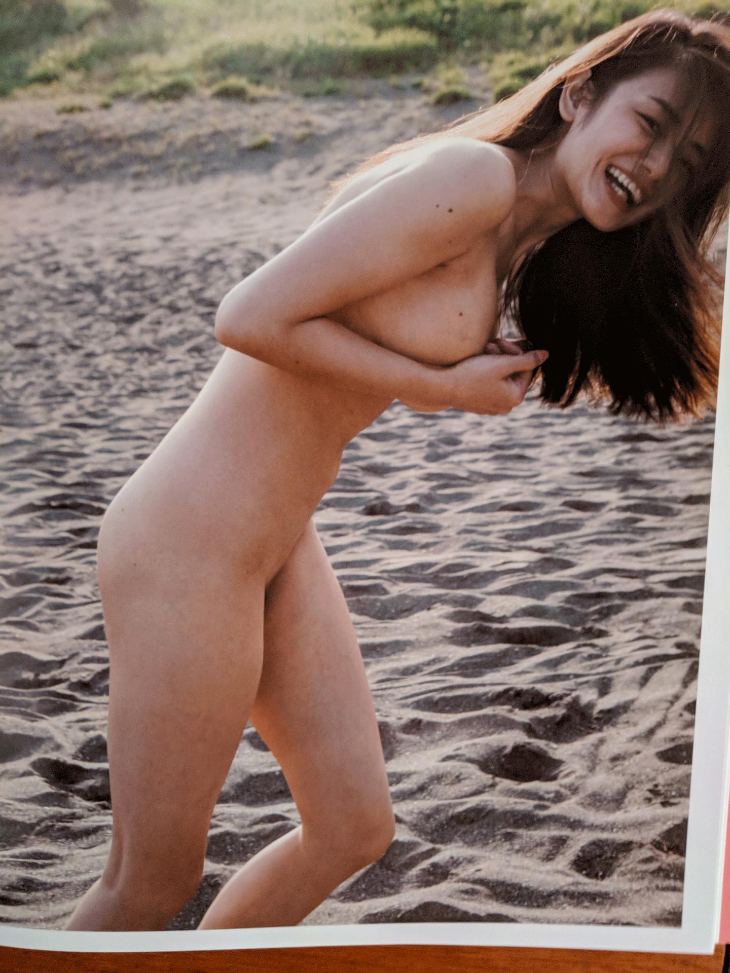Moemi Katayama 61.png