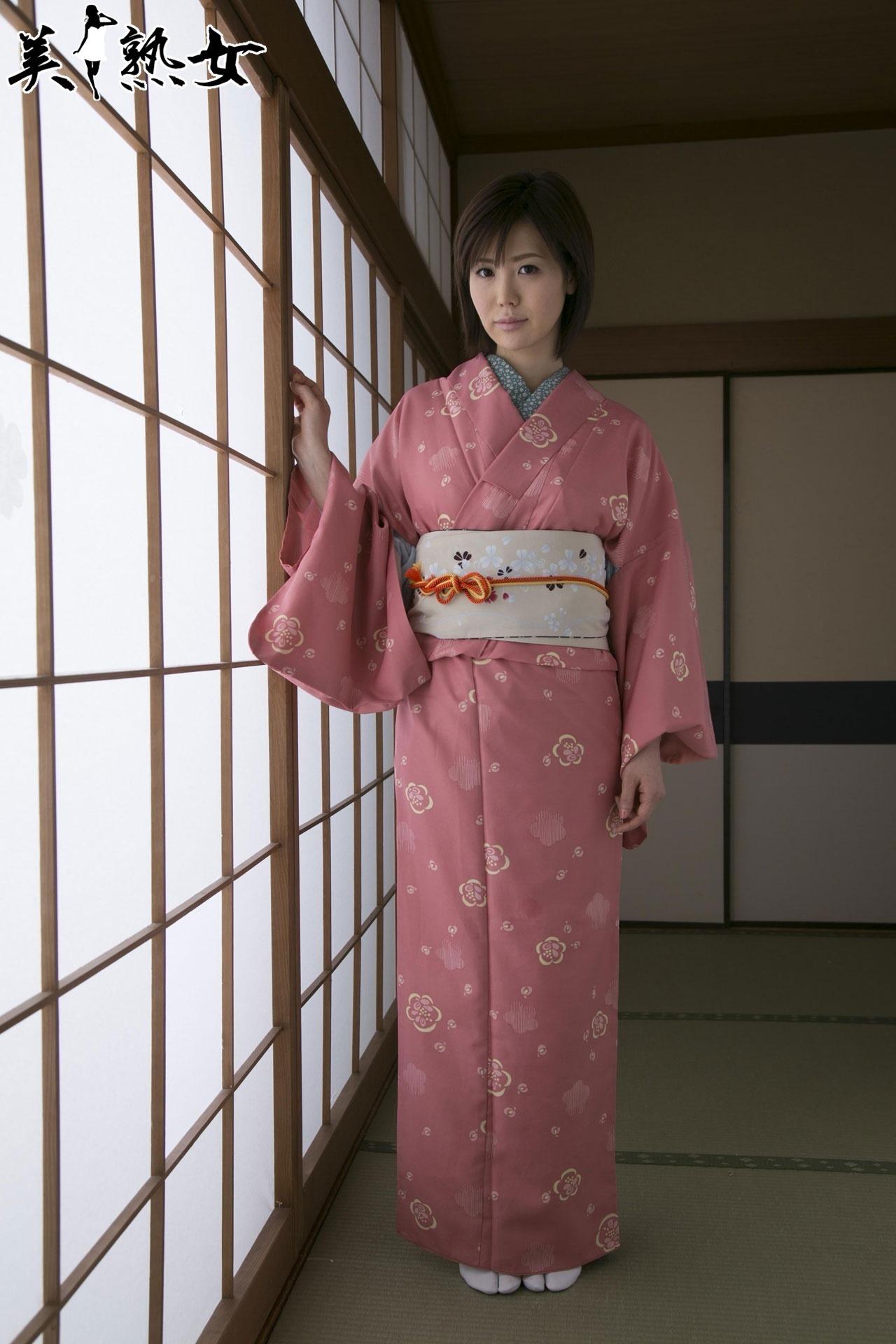 Nanako_Mori_10.jpg