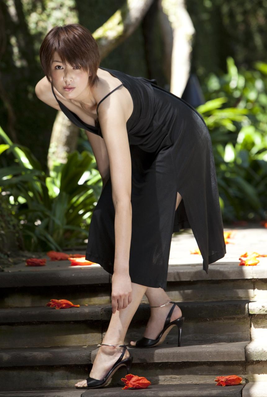 [Image.tv] 2010.10 Michiko Kichise 吉瀬美智子 - Beautiful Dreamer [30P24MB]