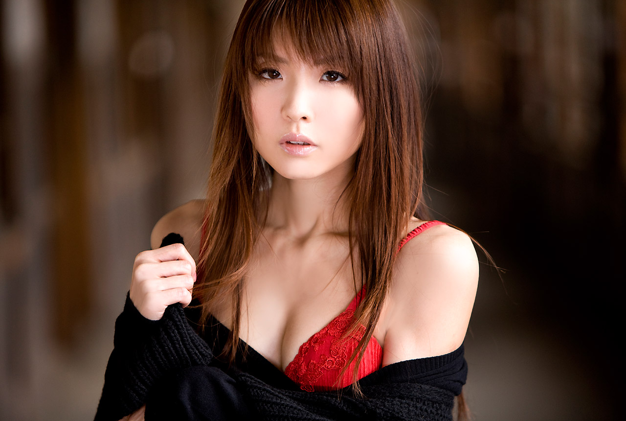 [FSo] [Image.tv] 2009.01.16 – Aya Nakata (中田彩) – 白い鼓動 [11.54 MB]