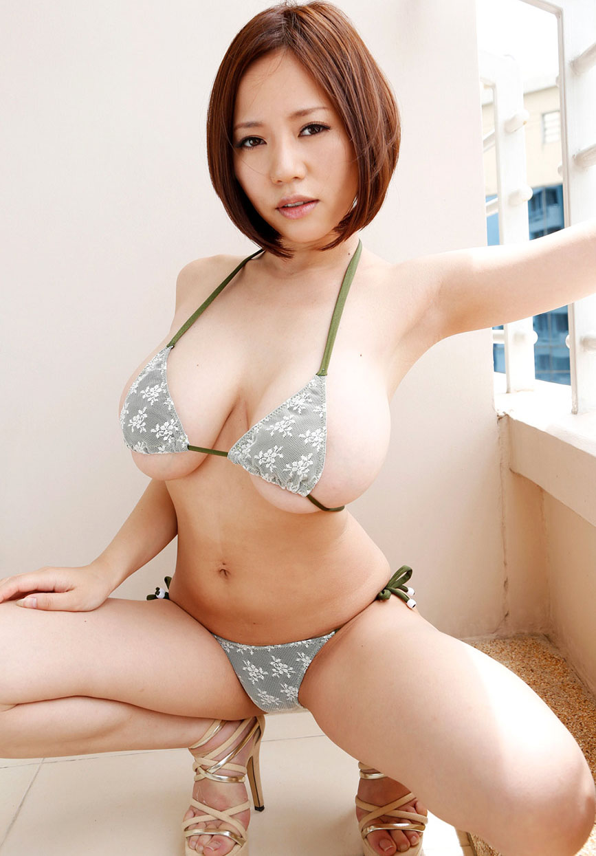 Momoka rin is a hot beauty that craves for ha 4