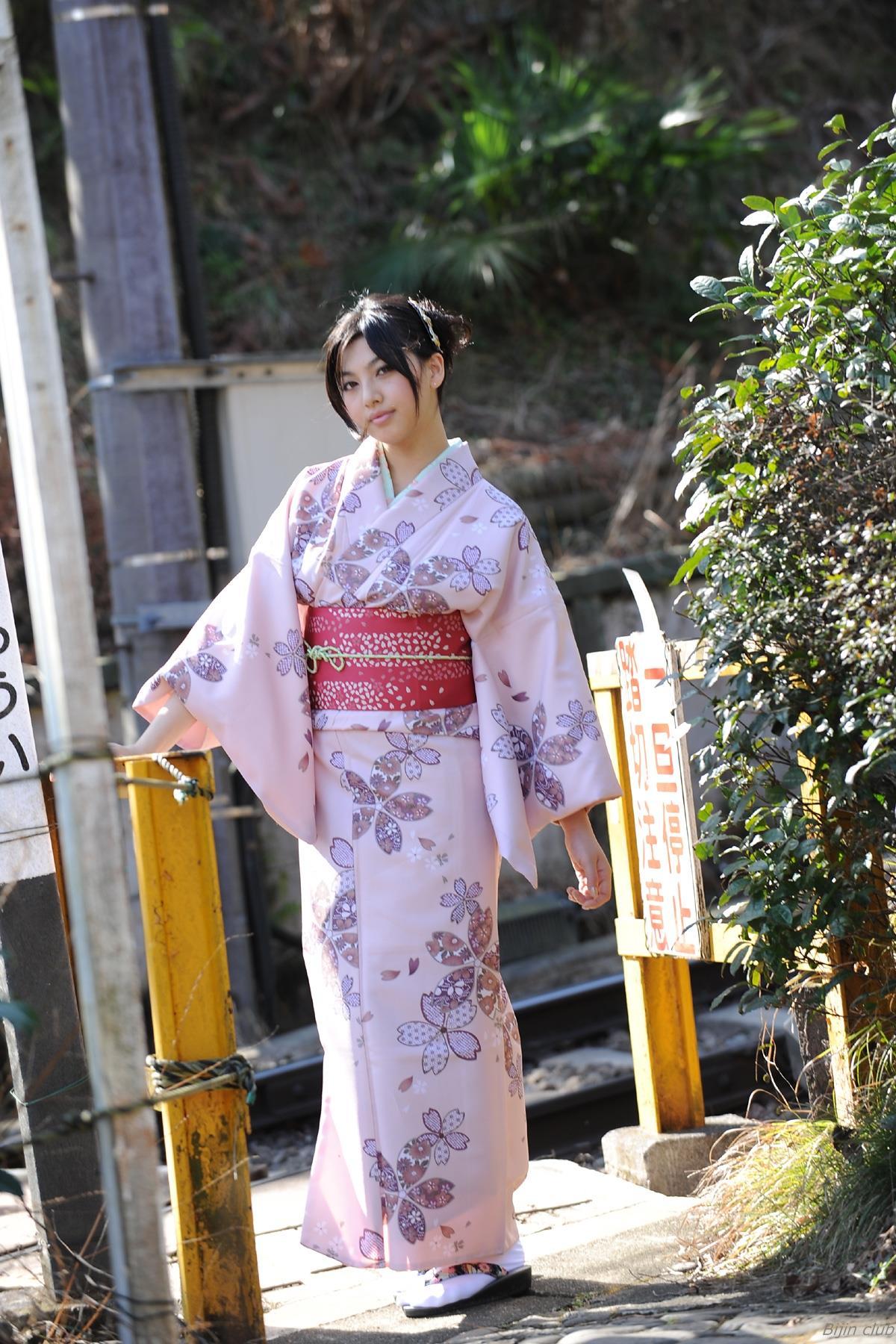 Saori_Hara_1.jpg