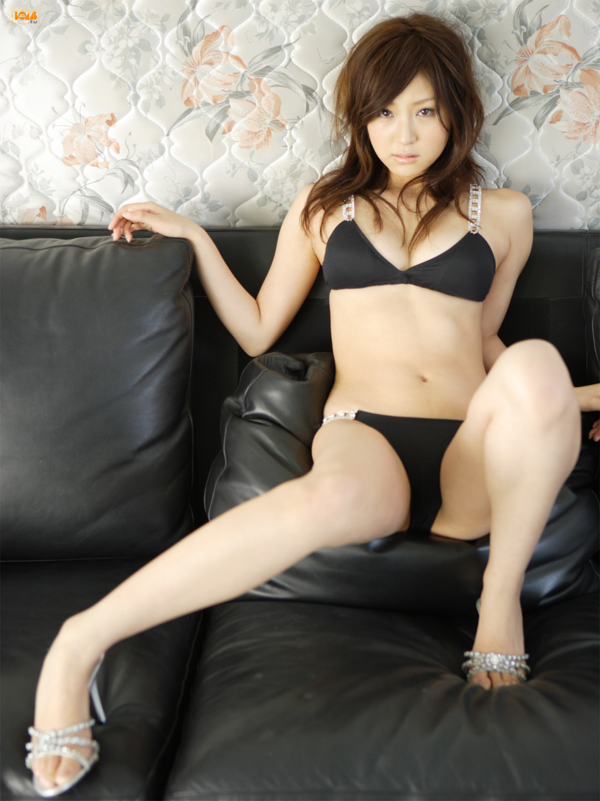 [Bomb.tv] 2007.12 Natsuko Tatsumi 辰巳奈都子 [35P16MB] tn002-jpg