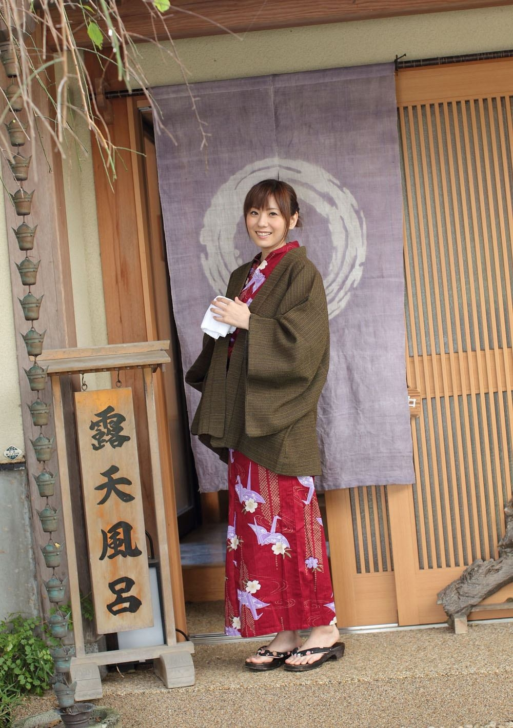Yuma_Asami_2.jpg