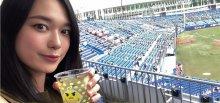 Tomoe at baseball game.jpg