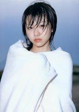 田中れいな写真集 「田中れいな」 [04.11.10]